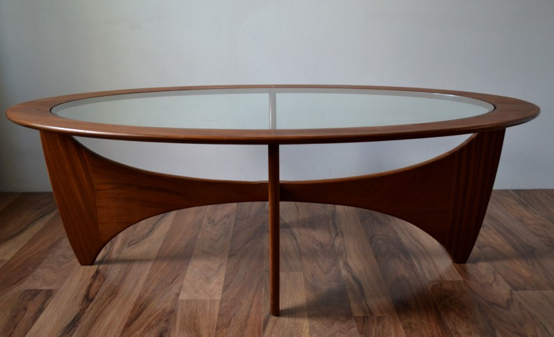 G Plan Oval Coffee Table Vintro