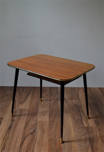 1960s formica coffee table vintro Formica coffee table